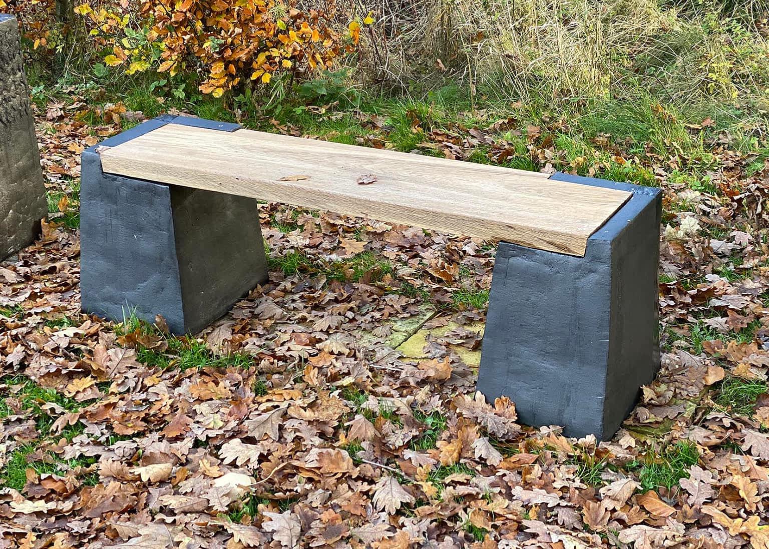 Clay-bench-engholm-michelsen-sculpture-lav-stentoejs-baenk