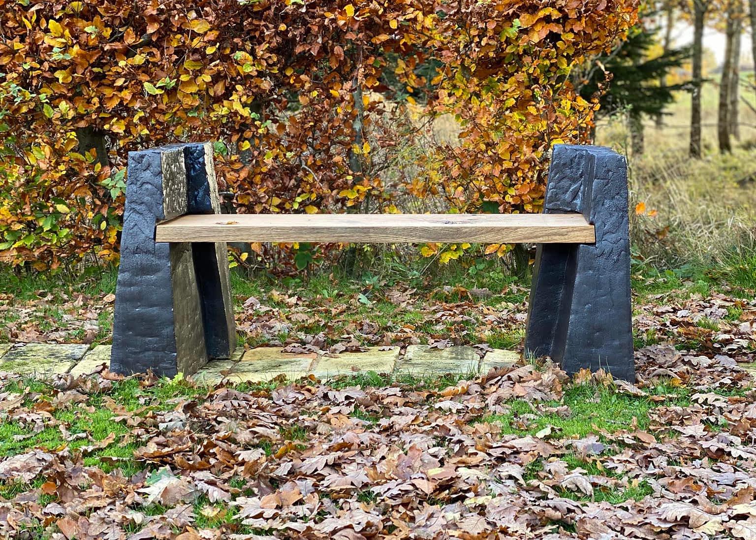 Clay-bench-skulpture-engholm-michelsen-stentoejsler-baenk