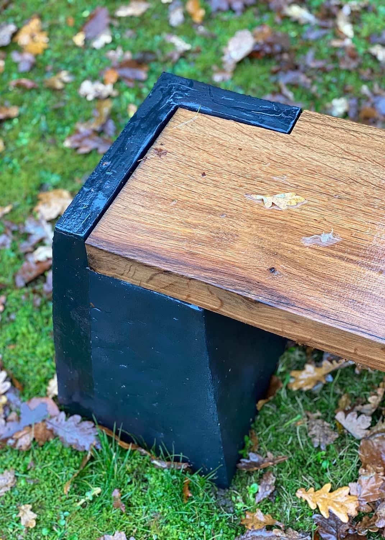 Clay-bench-keramisk-stentoejs-baenk-detail-engholm-michelsen