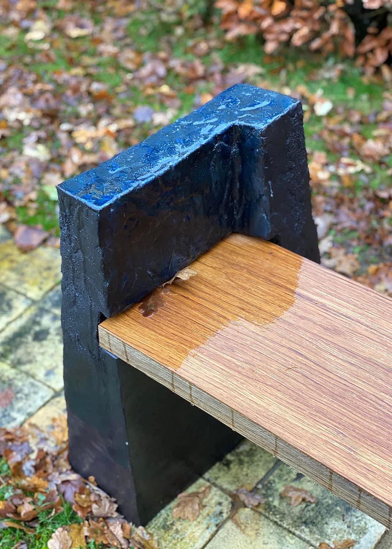 Clay-bench-skulpture-engholm-michelsen-stentoejsler-baenk-2